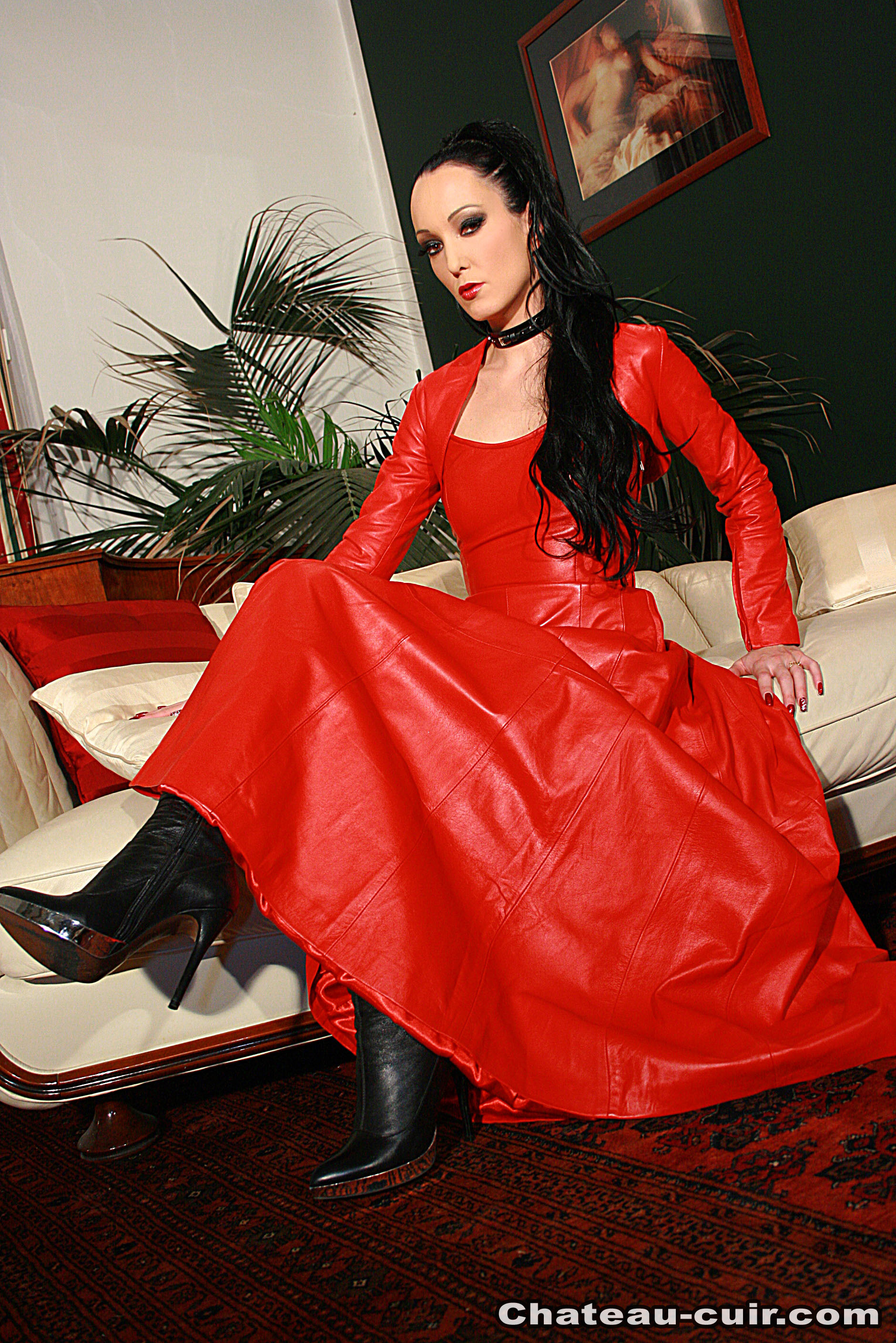 Mistress FetishLiza - red leather dress